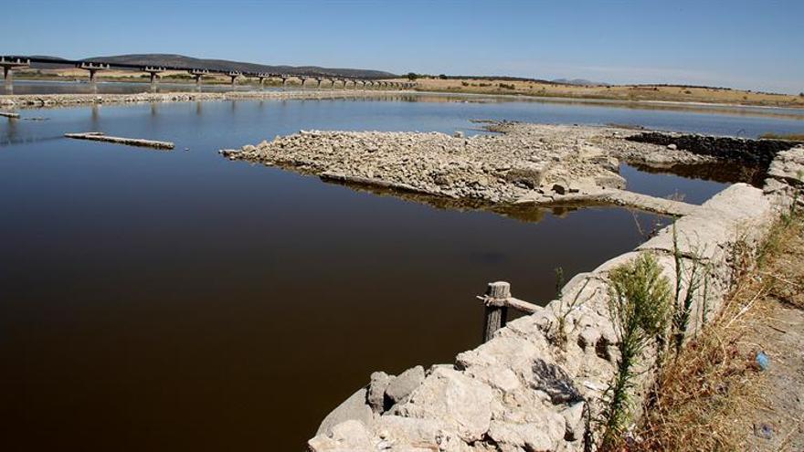 La reserva hidráulica cae un 1,4 % y se sitúa al 45 % de su capacidad