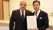 Vox fuerza al Gobierno andaluz a acelerar la derogación de la Ley de Memoria en contra el criterio de PP y Ciudadanos