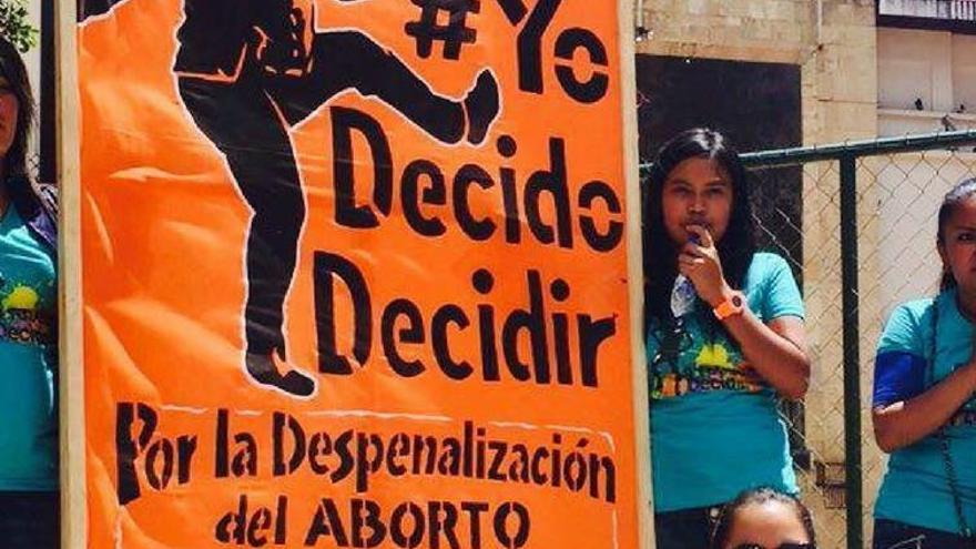 Mujeres exigen la despenalización del aborto en Honduras.