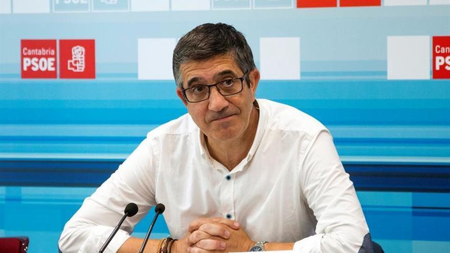 Diputados socialistas no creen que vaya a haber ruptura entre PSOE y PSC