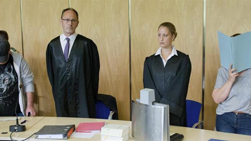 La justicia alemana inicia el proceso contra los padres de ocho bebés muertos
