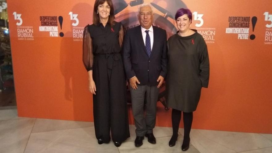 """Antonio Costa confía en que Sánchez conforme un """"gobierno progresista"""" que """"profundice"""" las relaciones España-Portugal"""