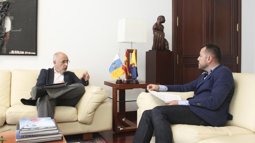 Reunión entre el presidente del Cabildo de Gran Canaria y el presidente de la Mancomunidad del Norte, Teodoro Sosa