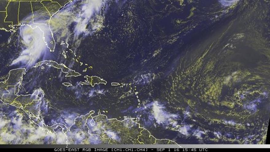 Hermine se transforma en huracán en su rumbo hacia Florida