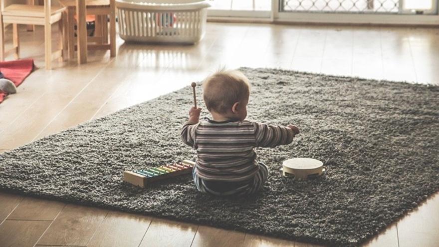 Estos son los grandes beneficios de tocar un instrumento musical desde niños