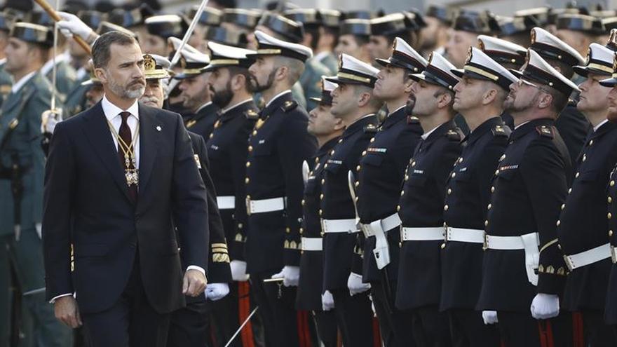 """El Rey valora la """"generosidad"""" que ha permitido que por fin haya Gobierno"""
