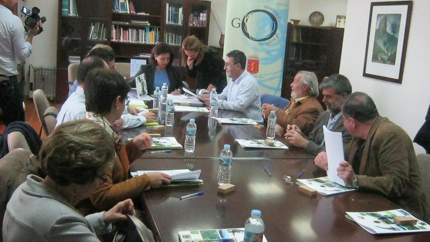 Un instante de la reunión del comité científico