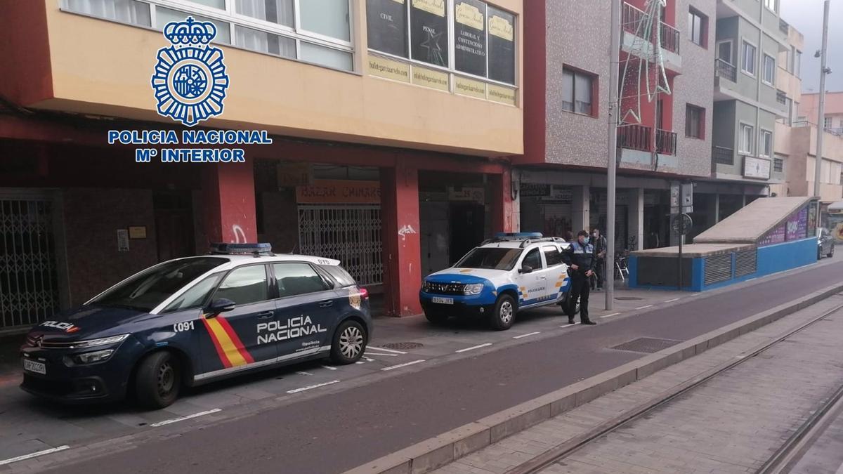 Policía Nacional y Policía Local en La Laguna, Tenerife