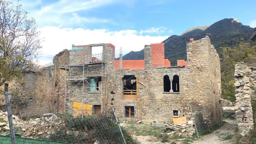 Los vecinos de Jánovas tratan de recuperar su pueblo medio siglo después.