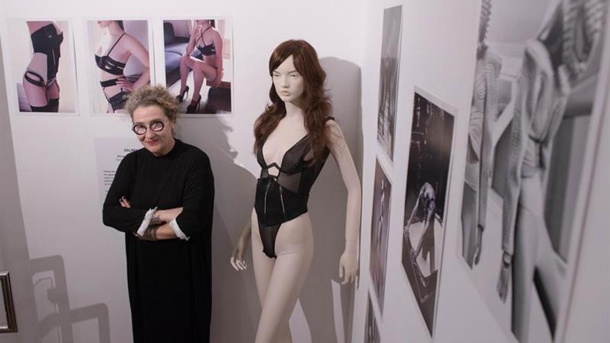 """La lencería, sensualidad y espejo de la """"emancipación"""" de la mujer"""