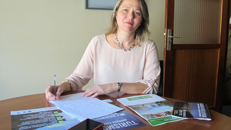 Alicia Vanoostende es consejera de Turismo del Cabildo.