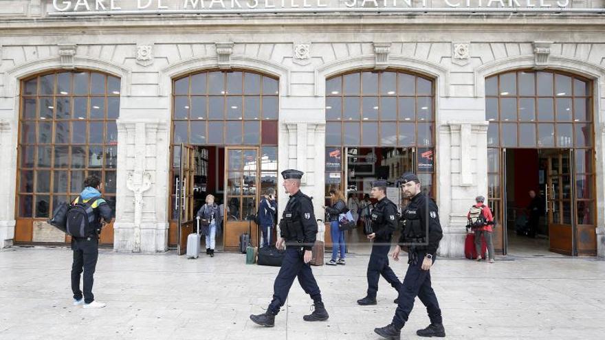 Desarticulan una célula terrorista en Francia y arrestan a cinco miembros