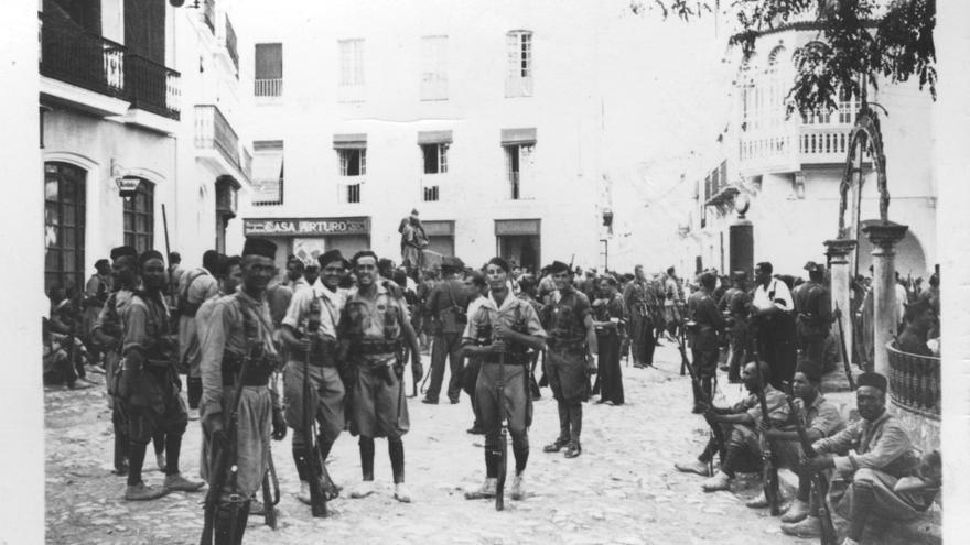 Agosto del 36: fuerzas fascistas en la plaza de Llerena