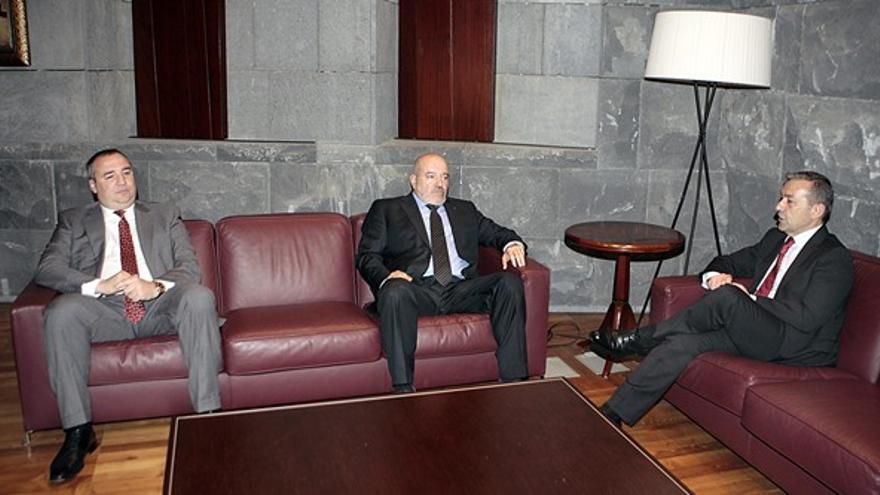 Miguel Ángel Ramírez y Miguel Concepción. (EFE)
