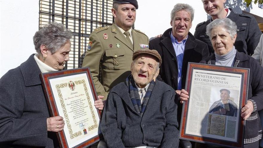 El hombre más longevo de Europa cumple 112 años en Badajoz y da un millón de gracias