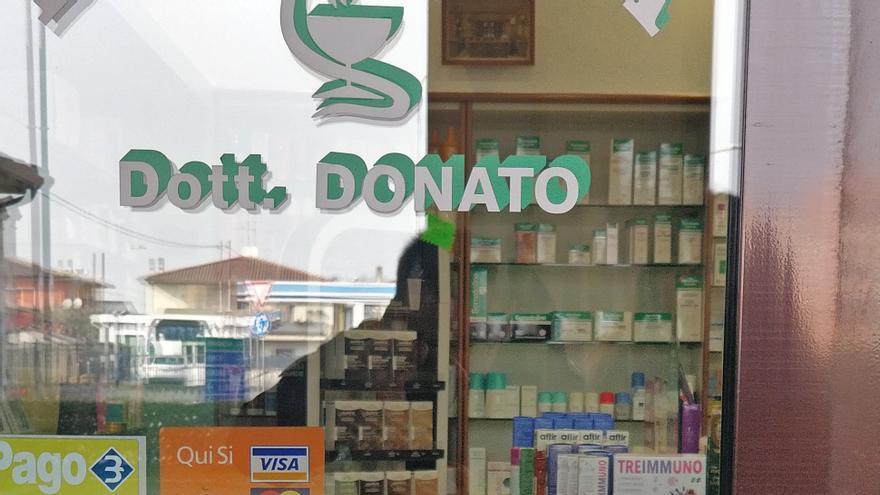 Las mascarillas y los geles desinfectantes están agotados en la mayor parte del norte de Italia.