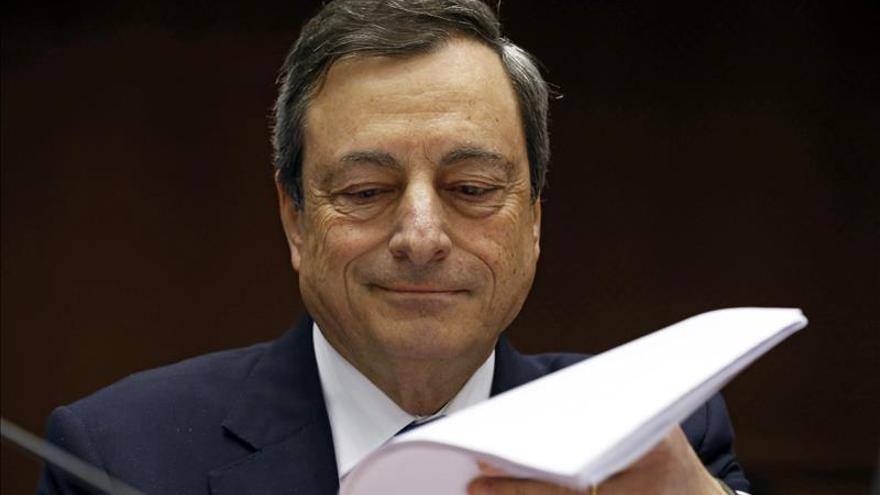 El BCE discute aplicar más medidas de expansión monetaria en la Eurozona