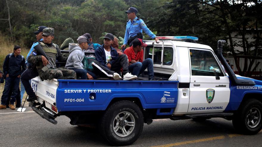 La Fiscalía y Policía de Guatemala detienen a 14 emigrantes hondureños
