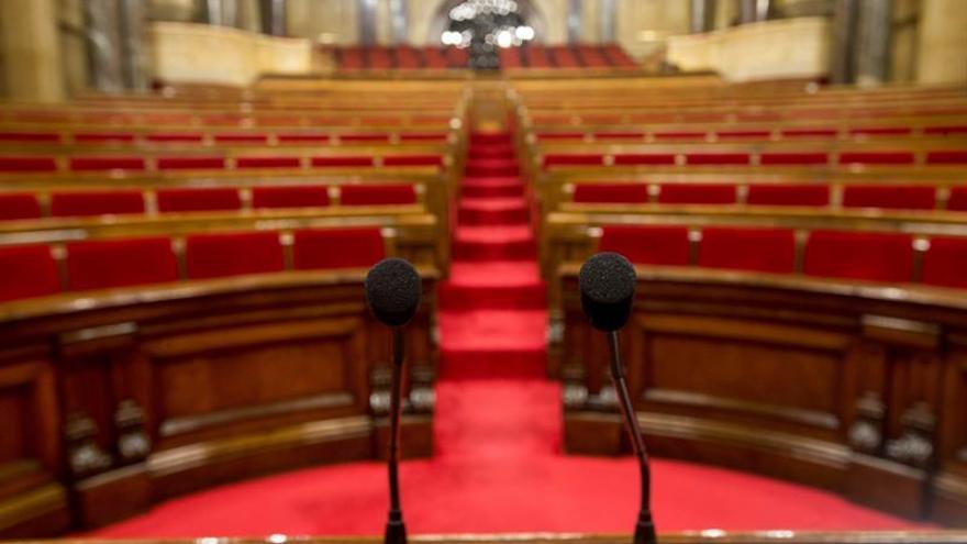 La junta de portavoces del Parlament trata hoy la fecha del próximo pleno