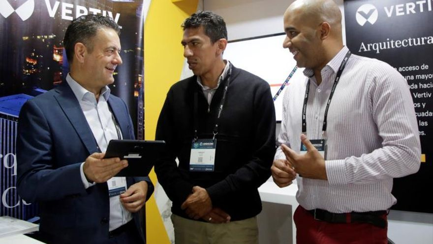 Costos de tecnología 5G demorarán implementación en A.Latina, según experto