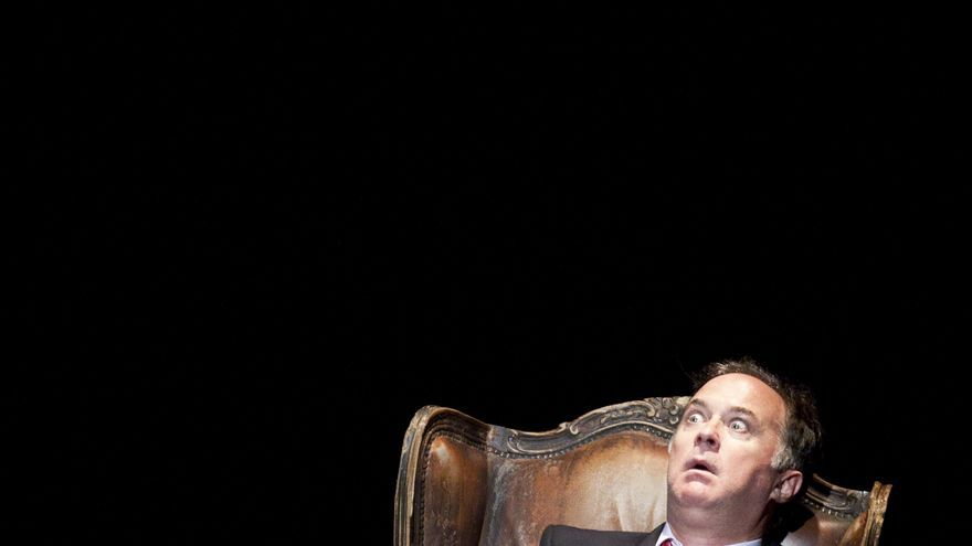 Luis Bermejo como el rey // Foto: OjoVivo