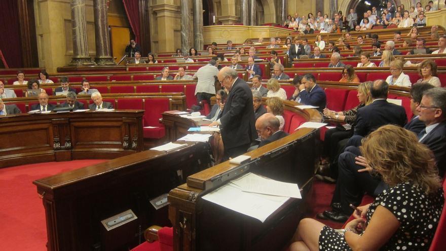 El Parlament aprobará la resolución independentista este lunes por la mañana