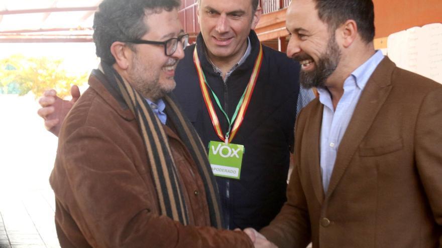 Francisco Serrano, Javier Ortega y Santiago Abascal.