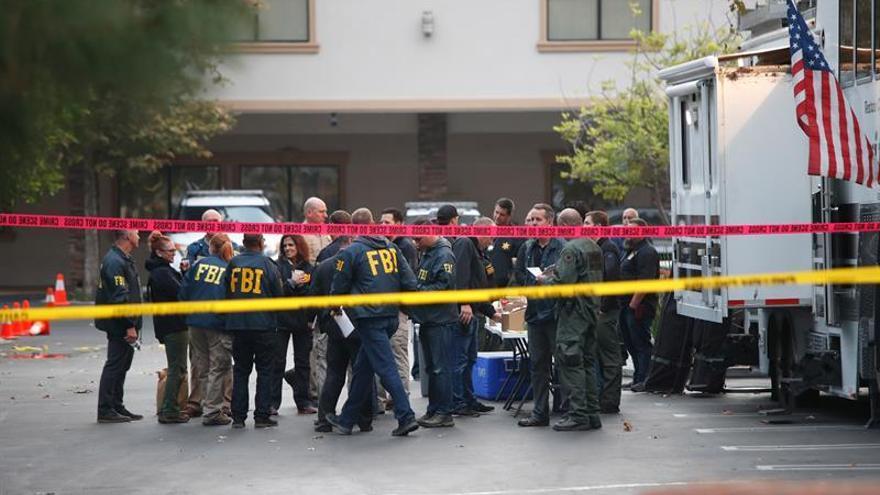 La Policía confirma seis muertos y seis heridos en un tiroteo en las afueras de Chicago