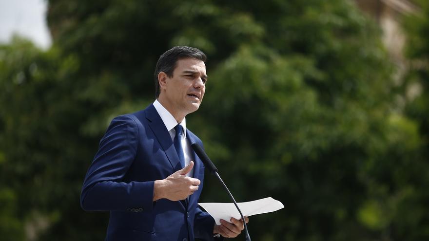 """Sánchez acusa a Iglesias de dar """"una segunda vida"""" a Rajoy al rechazar su investidura"""