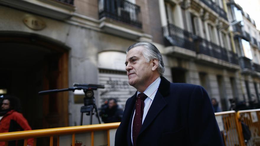La comisión del caso Pujol prevé citar a Bárcenas en el Parlament catalán el 27 de abril