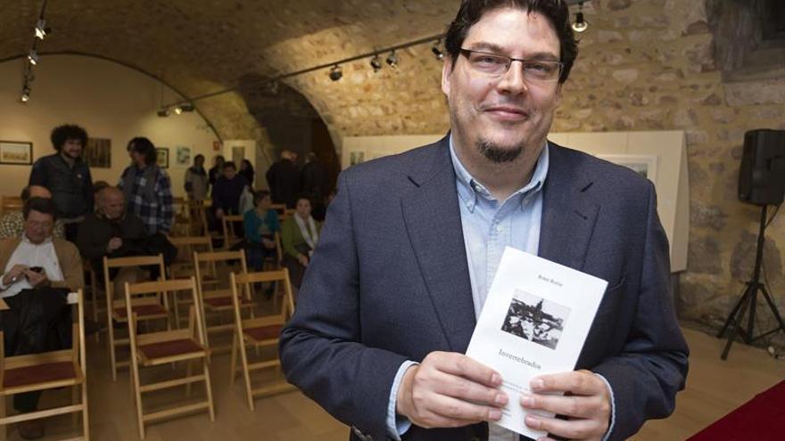El poeta argentino Boris Rozas gana el XVI Premio León Felipe
