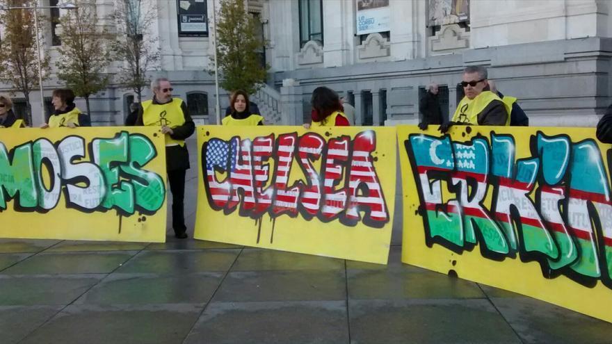 Activistas de Amnistía Internacional salen a la calle para reivindicar el Día Internacional de los Derechos Humanos. © Amnistía Internacional