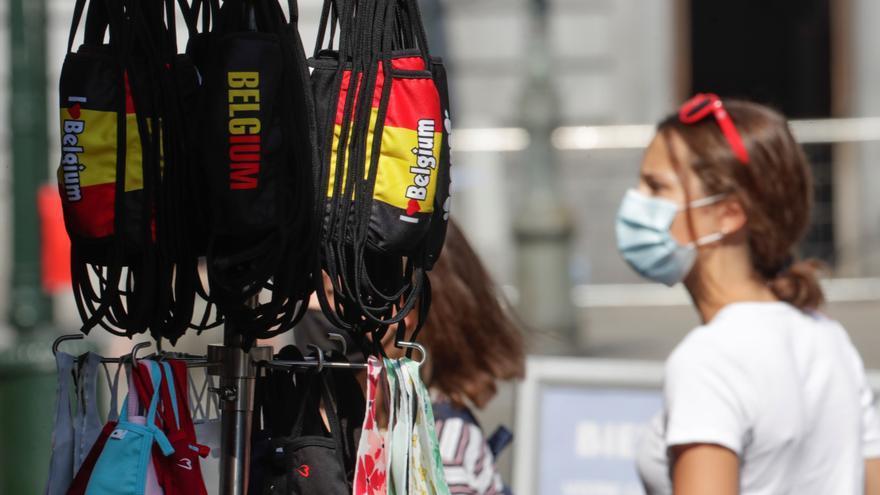 Aumento en casos de coronavirus se ralentiza en Bélgica, aunque suben muertes