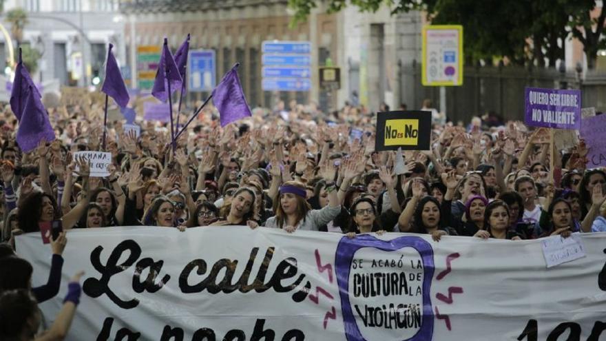 Cabecera de la manifestación en Madrid contra la sentencia a la manada. OLMO CALVO.