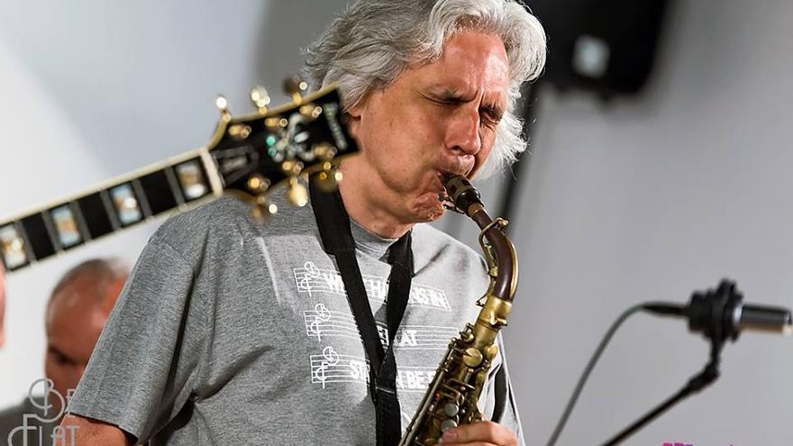 El saxofonista Perico Sambeat es una de las últimas estrellas internacional que ha pasado por Aguere