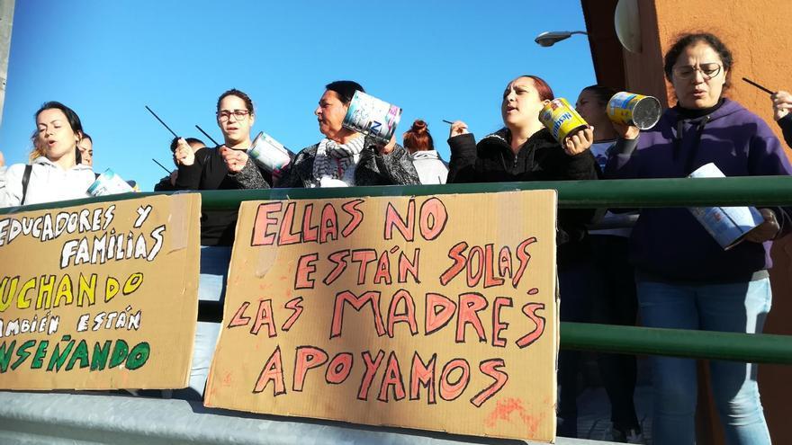 Educadoras infantiles secundan la huelga en las escuelas gestionadas por Ralons School