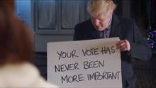 Boris Johnson recrea 'Love Actually' en un vídeo viral y los laboristas le recuerdan el estado de la Sanidad pública