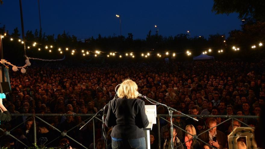 Manuela Carmena cerrando su campaña (EFE)