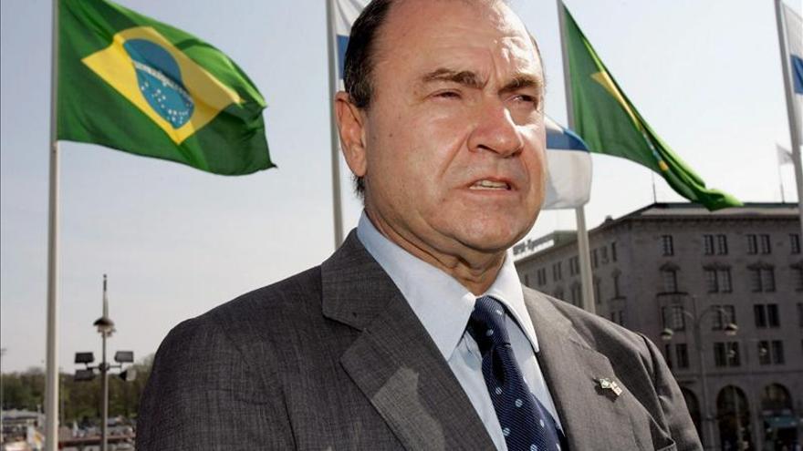 Un tribunal de primera instancia suspende los derechos políticos del exalcalde de Río