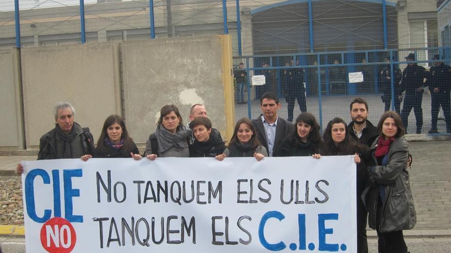 """El Gobierno niega """"trabas"""" a los diputados autonómicos para acceder al CIE de la Zona Franca"""