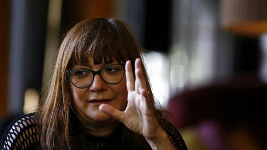 Isabel Coixet presenta en Donostia su tapiz sobre la realidad y los sueños de los españoles