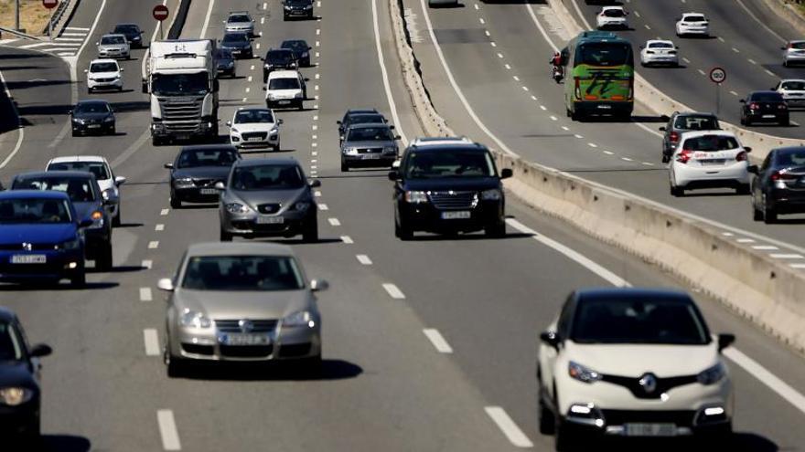 Más de 36 kilómetros de retención en la A6 en Ávila y Valladolid