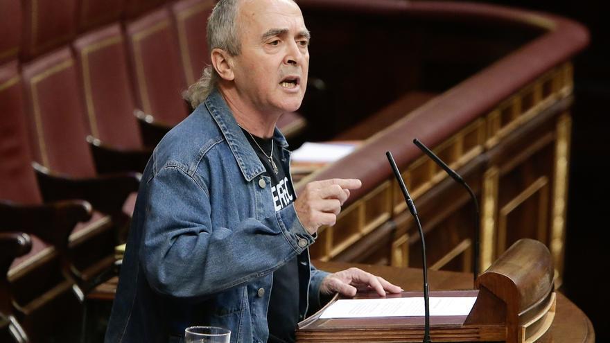 """Amaiur dice que si el Gobierno no extradita a los exministros franquistas es porque defienden """"a los suyos"""""""