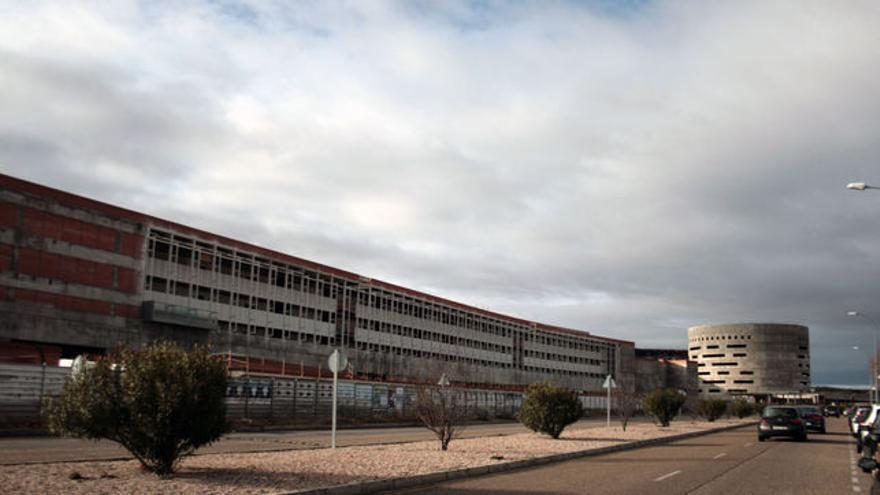 Hospital Universitario de Toledo a medio construir