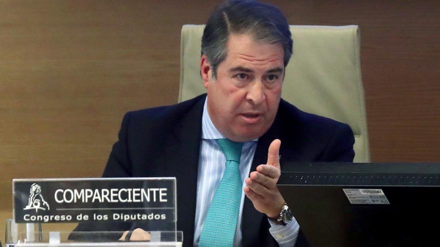 El Director general de Tráfico, Gregorio Serrano, durante su comparecencia para informar de su gestión en el colapso de la autopista de peaje AP-6 en el Congreso de Los Diputados.