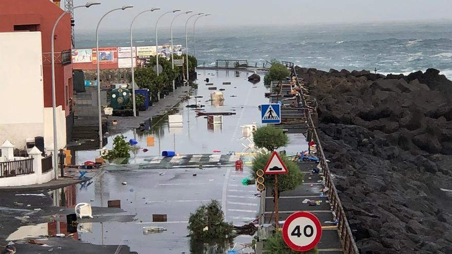 Resultado de imagen de Garachico daños ocasionados por el mar en su litoral
