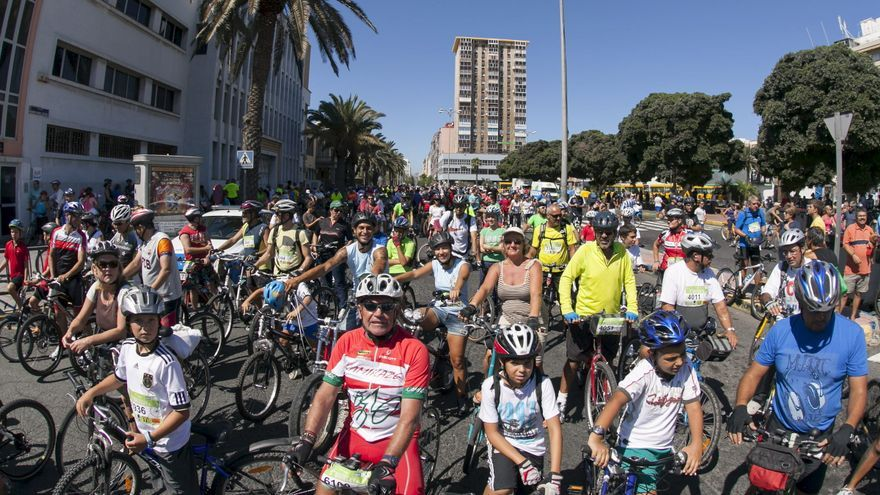 Veinte mil ciclistas celebran la Semana de la Movilidad Europea en Las Palmas