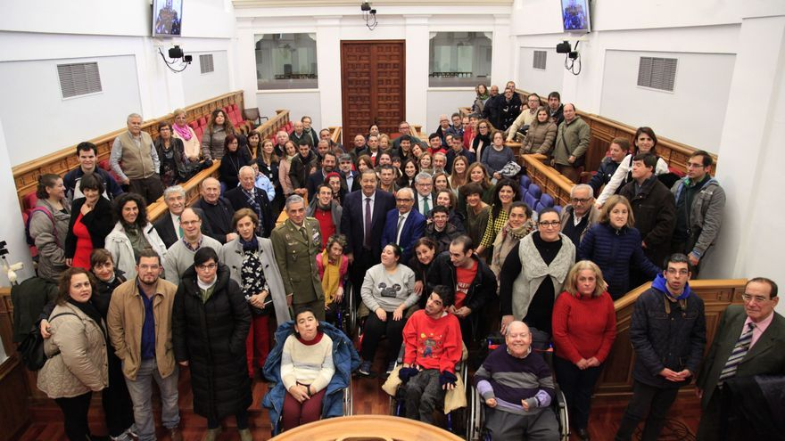 Pleno en las Cortes de Castilla-La Mancha por el Día Internacional de las Personas con Discapacidad