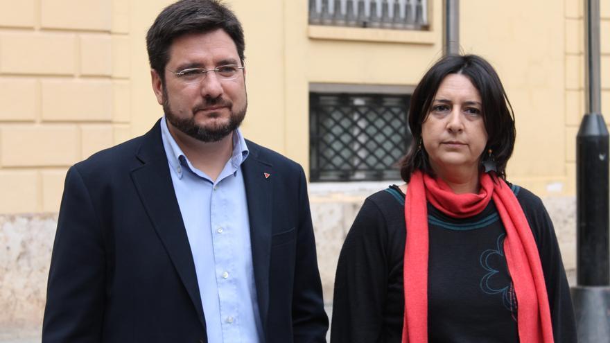 Los diputados autonómico y provincial de Esquerra Unida, Ignacio Blanco y Rosa Pérez Garijo