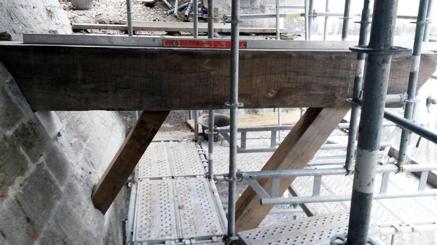 Comienza la reconstrucción del puente de madera que unía el frente amurallado de la Magdalena con Baluarte de Guadalupe